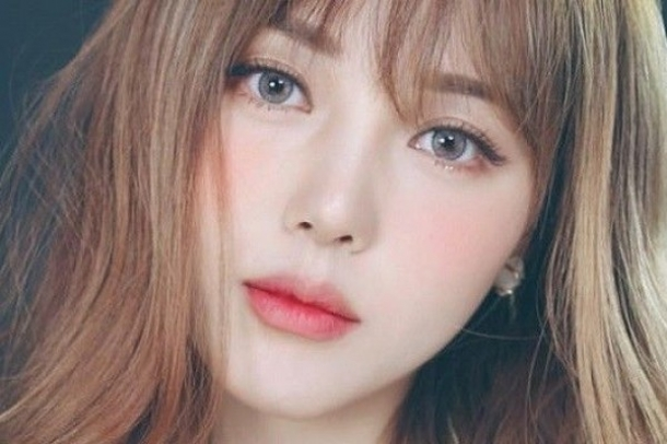 Tips Membuat Ombre Lips Dua Warna